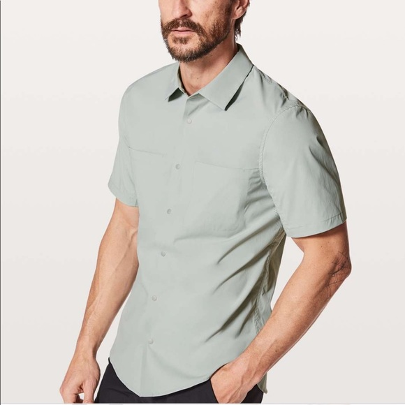 lululemon athletica Other - NWT Lululemon Zenway SS Button Down $98-Size S